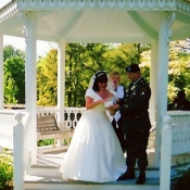 garden-gazebo-wedding